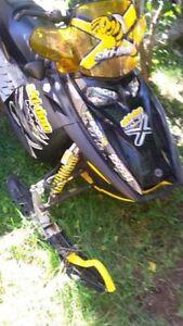 2005 Ski Doo MXZ X Renegade 800