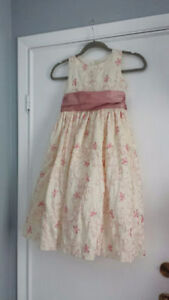 Gorgeous Girls Pink Dress -for Easter? or a Wedding?