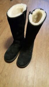 Authentic Uggs size 9