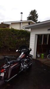 Harley Davidson Street Glide FLHX - Low Mileage!