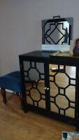 Beautiful decorative ottoman/Belle décoration pouf