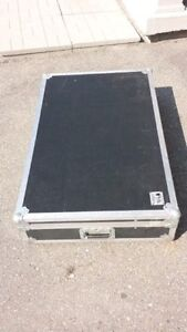 Clydesdale Road case with wheels