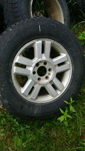 mag f150 lariat 2004 avec pneu dhiver 18po