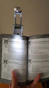 Electronic Robotic Portable Reading Light
