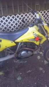 Dirt Bike worth over 1000 for cheap ....Make An cash offer.....
