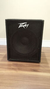 Peavey PV118 passive subwoofer