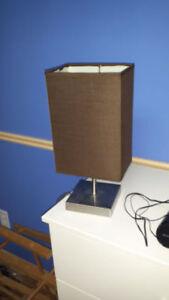 lampe de table ou de chevet comme neuf
