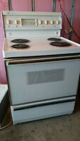 Westinghouse White Electric Stove - self cleaning