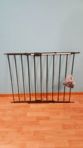 Heavy duty baby gate