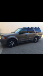2004 Lincoln Navigator 4x4 for sale or trade