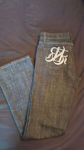 BRAND NEW Women's Rock & Republic Designer Jeans - Size 29