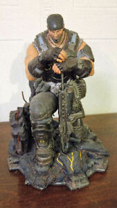 Gears of War 3 Epic Edition Statue and Memorabilia