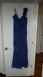 Bridesmaids dress (size 16)