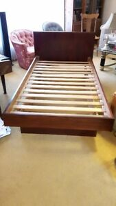 Nice FAUX ROSEWOOD SINGLE BED, TWIN BED, PLATFORM BED, SLAT BED