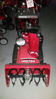 !!CLEARANCE!! Honda snow thrower HSS724TCD Dual-Stage 24in width
