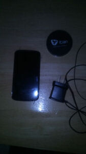 Nexus 4 new screen new OEM battery Unlocked works with WIND