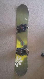 Snowboard for women 148cm with Burton bindings