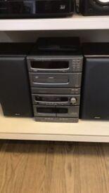 Denon d-c30 Amplifier+ Speakers + Remote