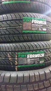 (2) pneus neufs 205-55-16