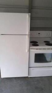 Alternative Appliances Frigidaire Fridge and stove combo