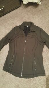Lululemon Define Jacket - Size 12