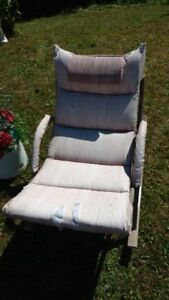 Rocking outdoor patio chair