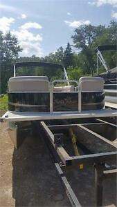 VERY NICE SUNCHASER PONTOON BOAT, JUST IN DONT MISS OUT