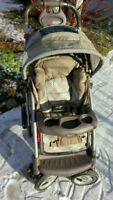 GRACO QUATRO TOUR STROLLER from a clean hose no pets no smoking