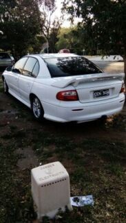 VX 2001 Commodore 8 months full rego