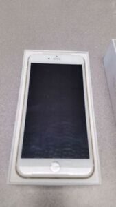 Lightly Used Iphone 6S Plus 16Gb