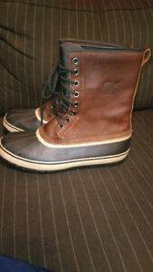 Sorel Premium Brown Leather Boots Like New Condition Men  14