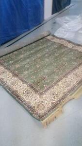 New high quality area rug size 8x11 feet