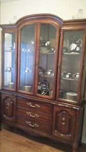 elegant buffet and hutch (wood /glass) china cabinet - LIGHTED !