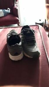 Gray Men's Adidas Sneakers - Size 11 - Excellent condition