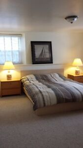 Beautiful Downtown Apartment, Military IR Welcome!