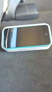 (KOODO/TELUS) 8GB BLUE IPHONE 5C INCLUDES BOX AND CHARGER