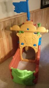 plastic pirate ship playhouse climber, brand new condition!! Kitchener / Waterloo Kitchener Area image 4