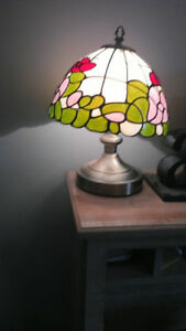Artificial Tiffany Style Touch Lamp