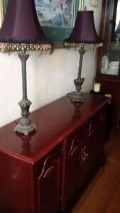 2 beautiful tall buffet table lamps