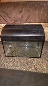 10 Gallon Aquarium Tank with Light