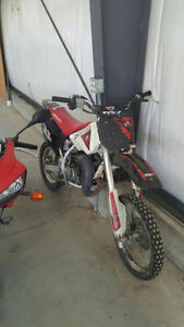 *2001 HONDA CR!** PRICED TO SELL!!**