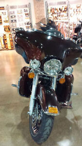 2011 Harley-Davidson Ultra Classic Limited & Iron Horse Trailer