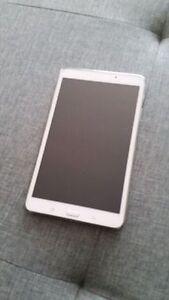 Samsung Galaxy tab 4 8po à l'état neuf