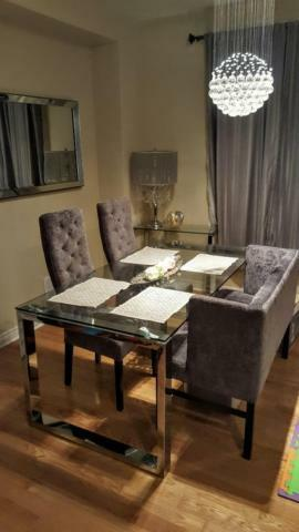FS Beautiful Glass Dining Table Chairs Urban Barn GREAT DEAL