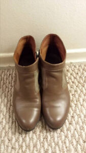 Women shoes size 7.5 - 8