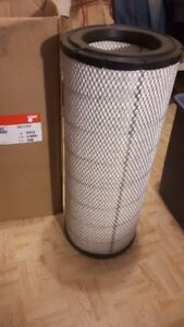Brand New /Unused, FLEETGUARD CUMMINS TRUCK AIR FILTER # AF26657