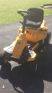 Cub Cadet Riding Lawnmower