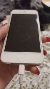Selling iPhone 5 Locked to Rogers Cambridge Kitchener Area image 5