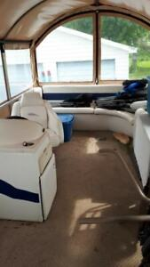 Pontoon Boat | Buy or Sell Used and New Power Boats & Motor