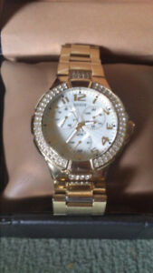 Beautiful Guess Watch New In Box With Extras! PRICED TO SELL!